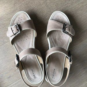 GEOX Respira Sukie1 Leather Sandals Taupe Sz 39